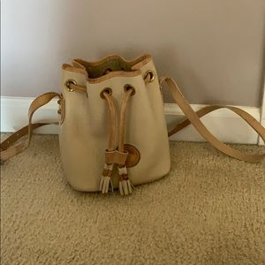 Authentic Designer Dooney & Bourne leather purse